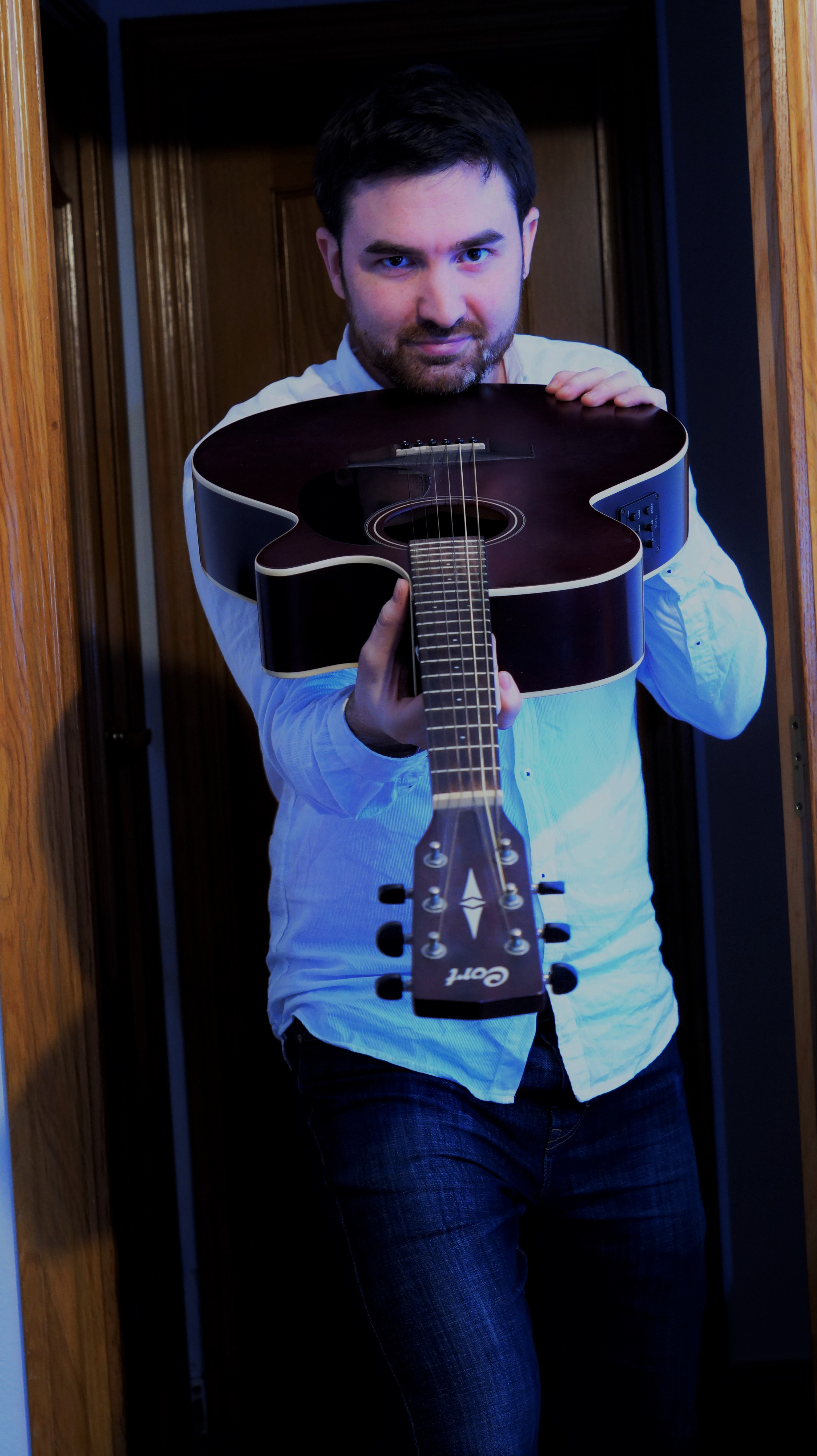 clases gratis de guitarra y ukelele